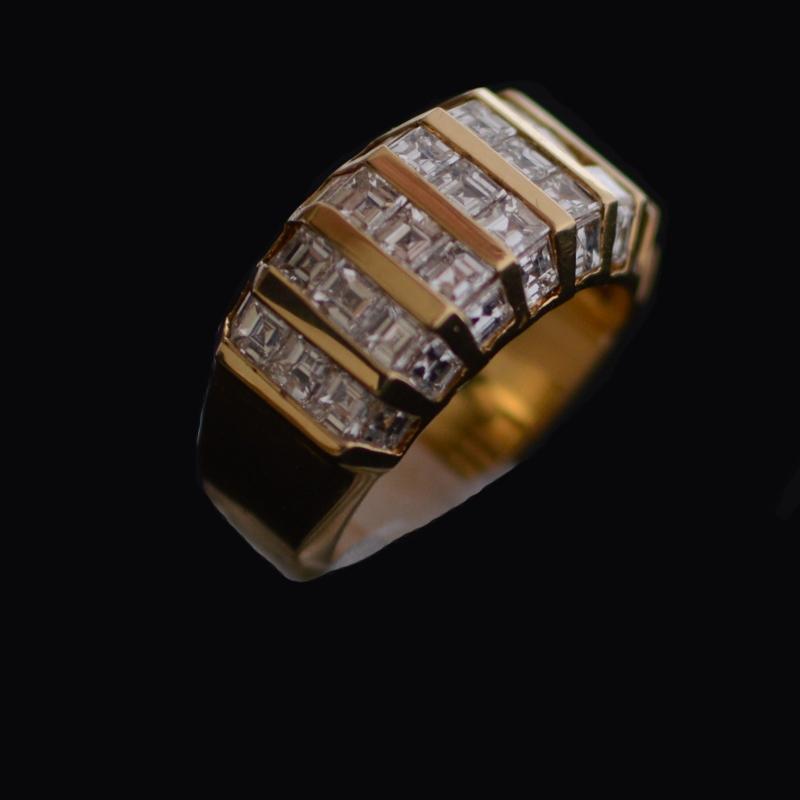Vvs1 diamonds ring 18 carat gold ring set with 40 - Rocks ...