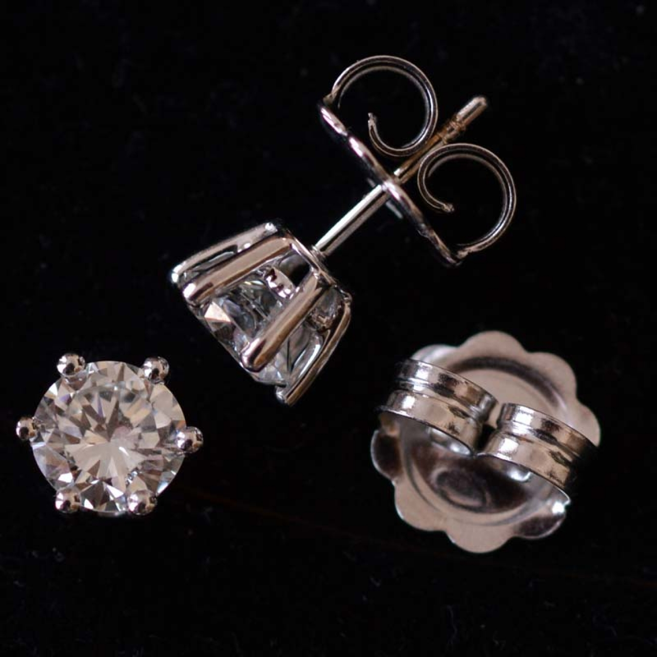 2 ct. diamond stud earrings