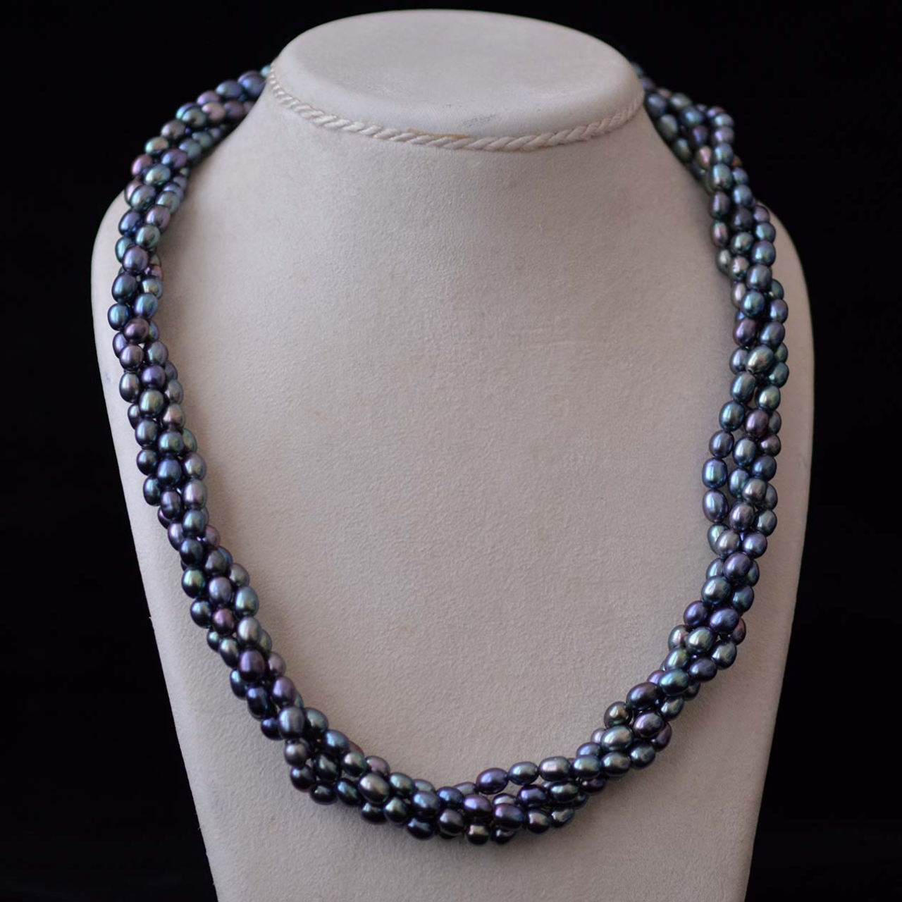 Torsade Necklace: Black Pearl Torsade Rocks And Clocks From Our New