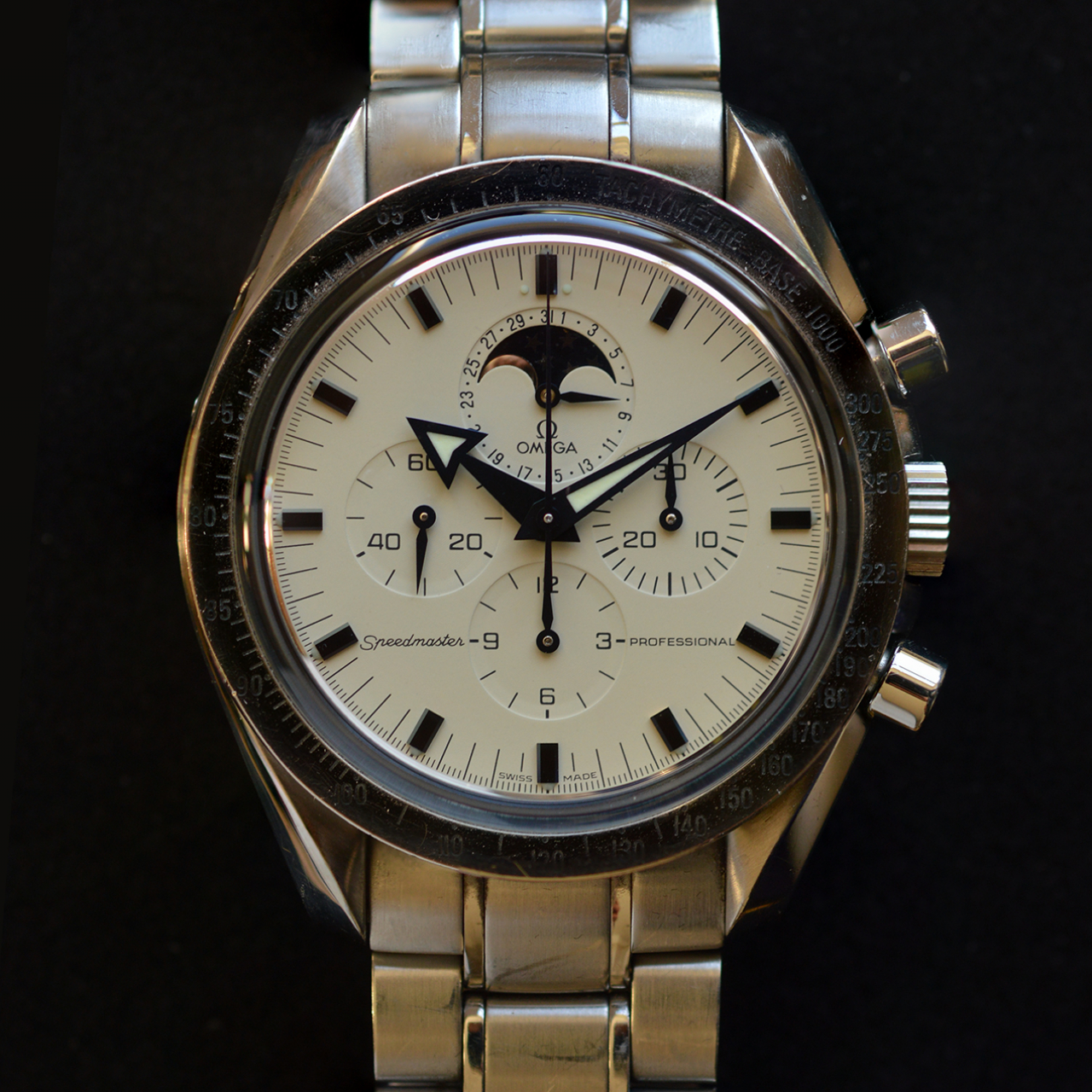 omega-speedmaster-professional-moonwatch-moonphase-ref-035752000-cal-1866
