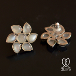 2lips-tulip-keukenhof-flower-earstuds-earrings-dutch-design-moonstone-david-aardewerk-18k-gold
