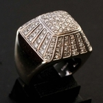 18k-golden-damiani-ring-with-118-diamonds