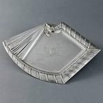 japonisme-silver-dish