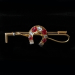 horse-shoe-whip-brooch