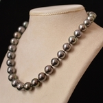 tahitian-pearls-gray-necklace