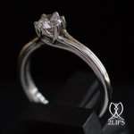 2lips-0-43-ct-river-e-solitair-diamond-engagement-ring