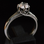2lips-1-ct-crystal-j-color-solitair-diamond-engagement-ring