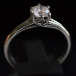 2lips-0-75-ct-crystal-top-wesselton-color-solitair-diamond-engagement-ring