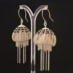 jellyfish-earpendants-maja-houtman-silver-onyx